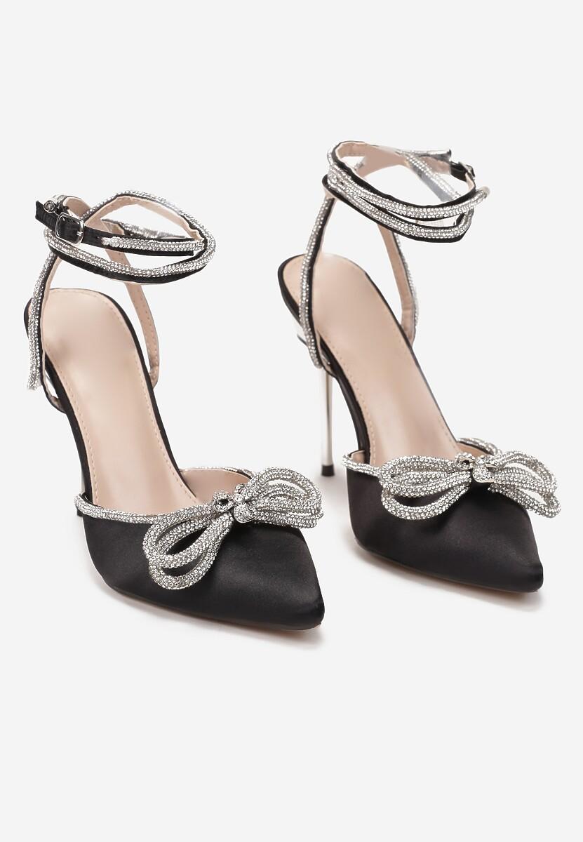 Czarne Sandały Oriphosise