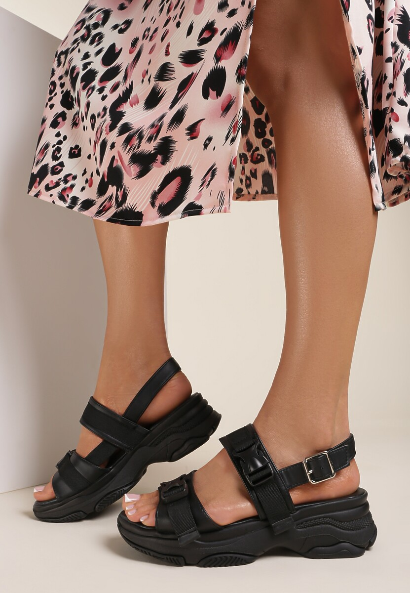 Czarne Sandały Phereilla