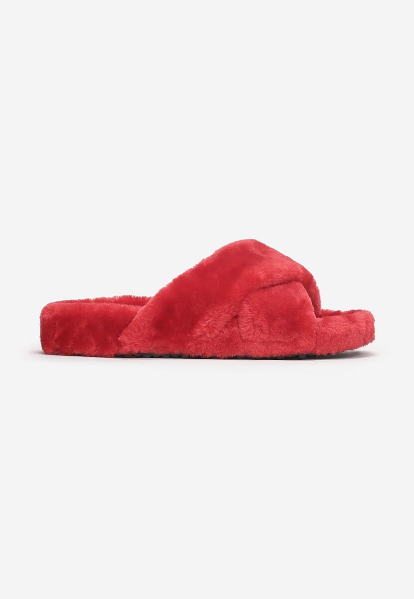 Czerwone Kapcie Theiseshi
