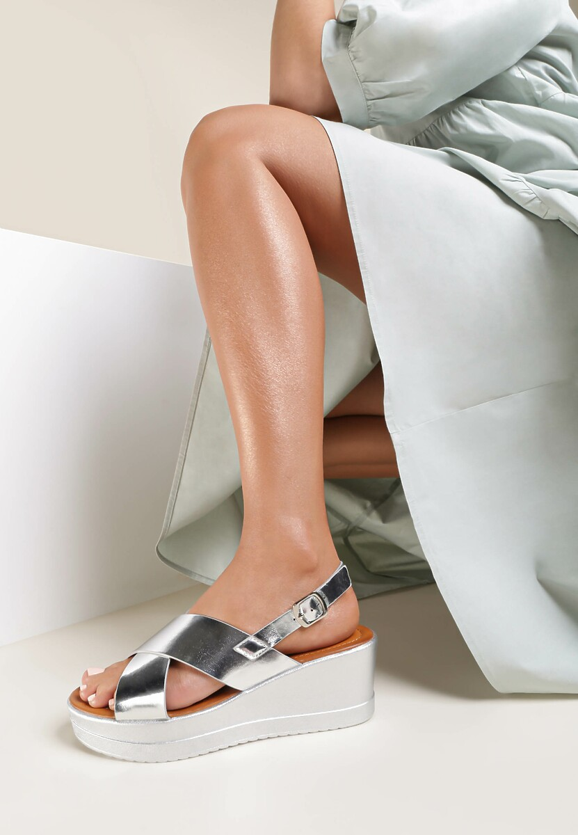 Srebrne Sandały Rhethosa