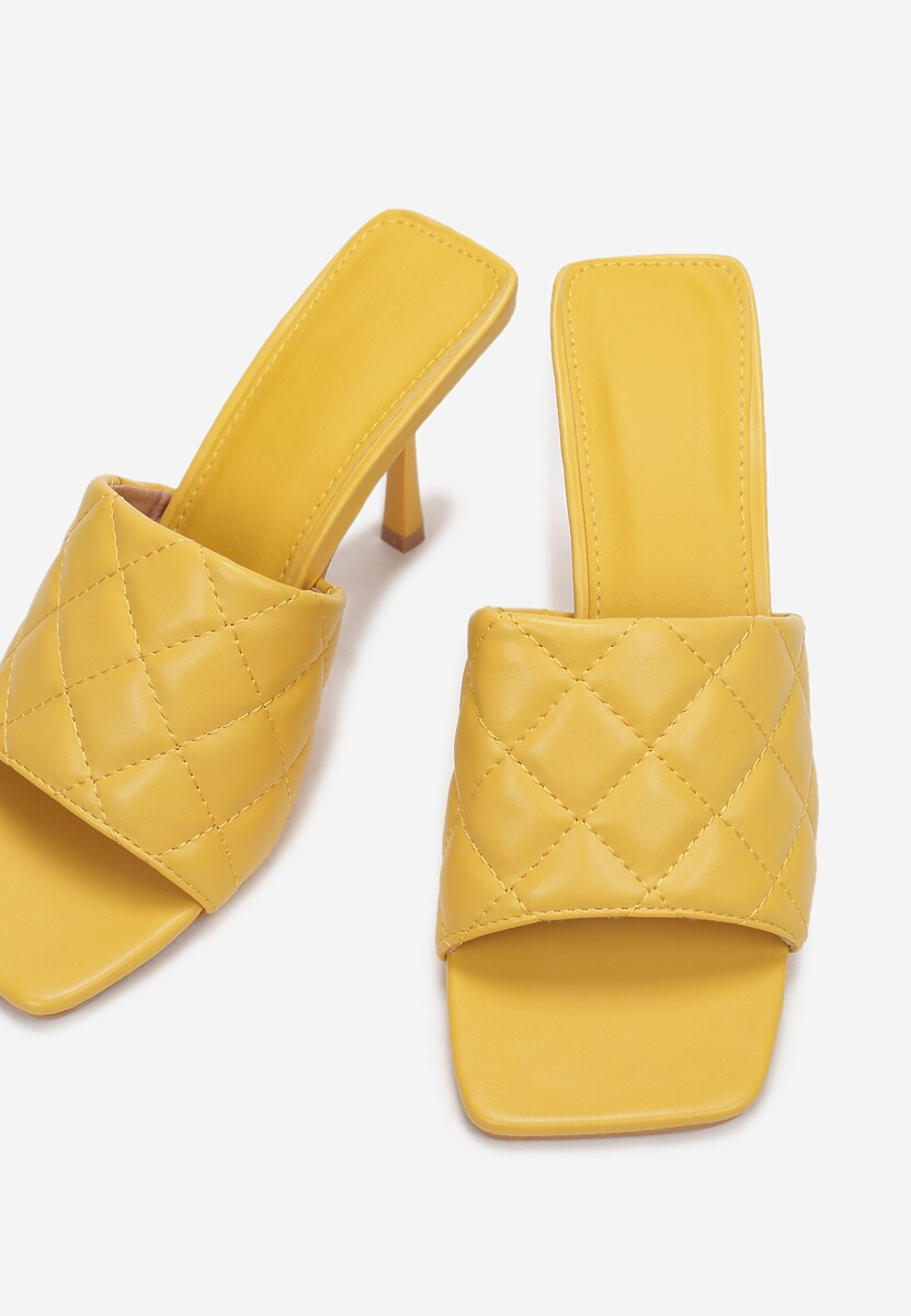Żółte Klapki Xanthise