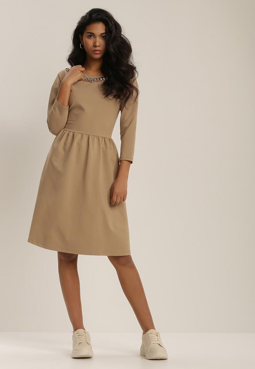 Jasnobeżowa Sukienka Clyreia