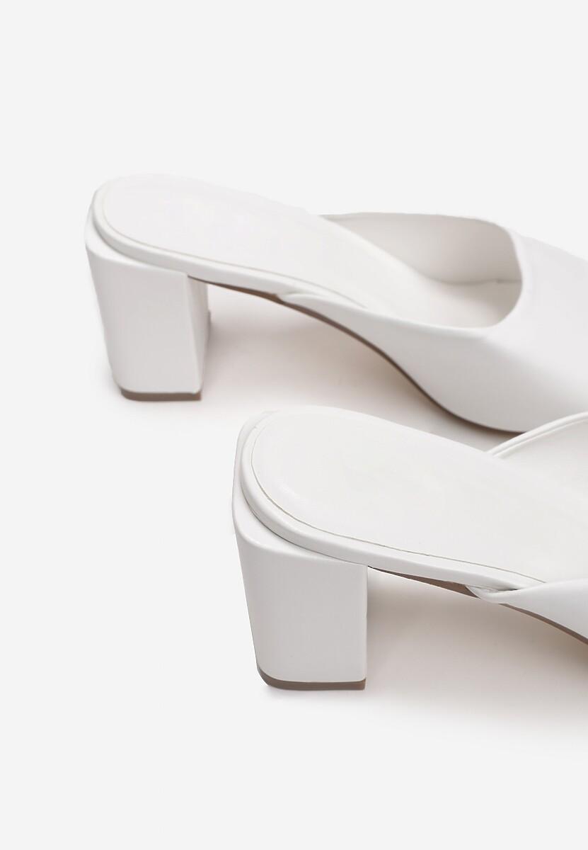 Białe Klapki Phoeshi