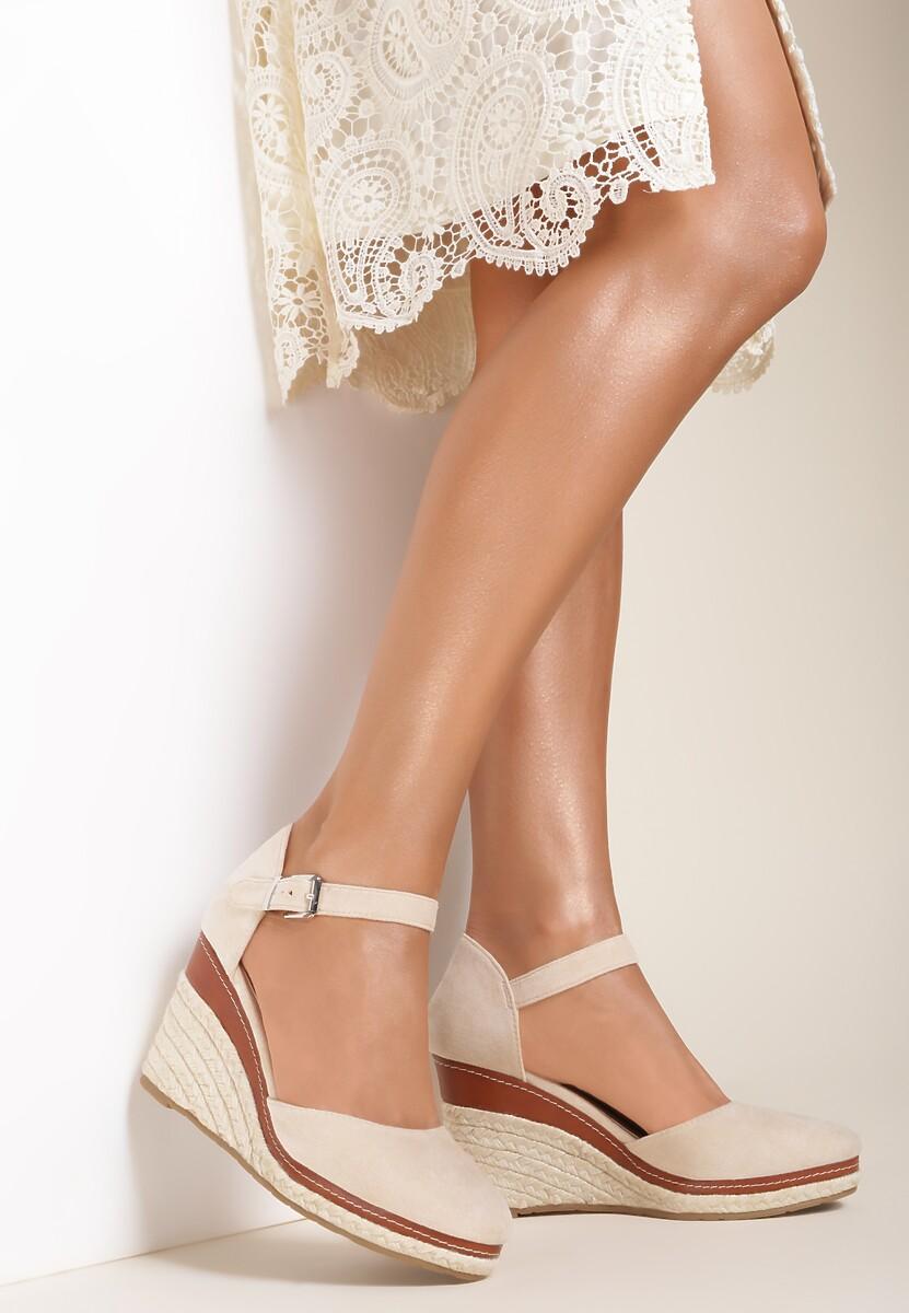 Beżowe Sandały Drenania