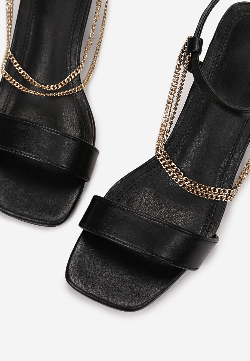 Czarne Sandały Aegarith