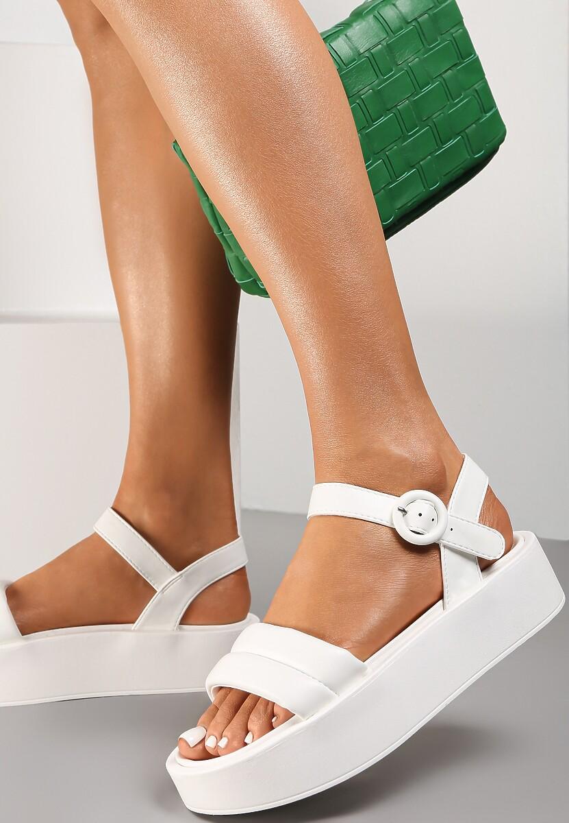 Białe Sandały Larimisia