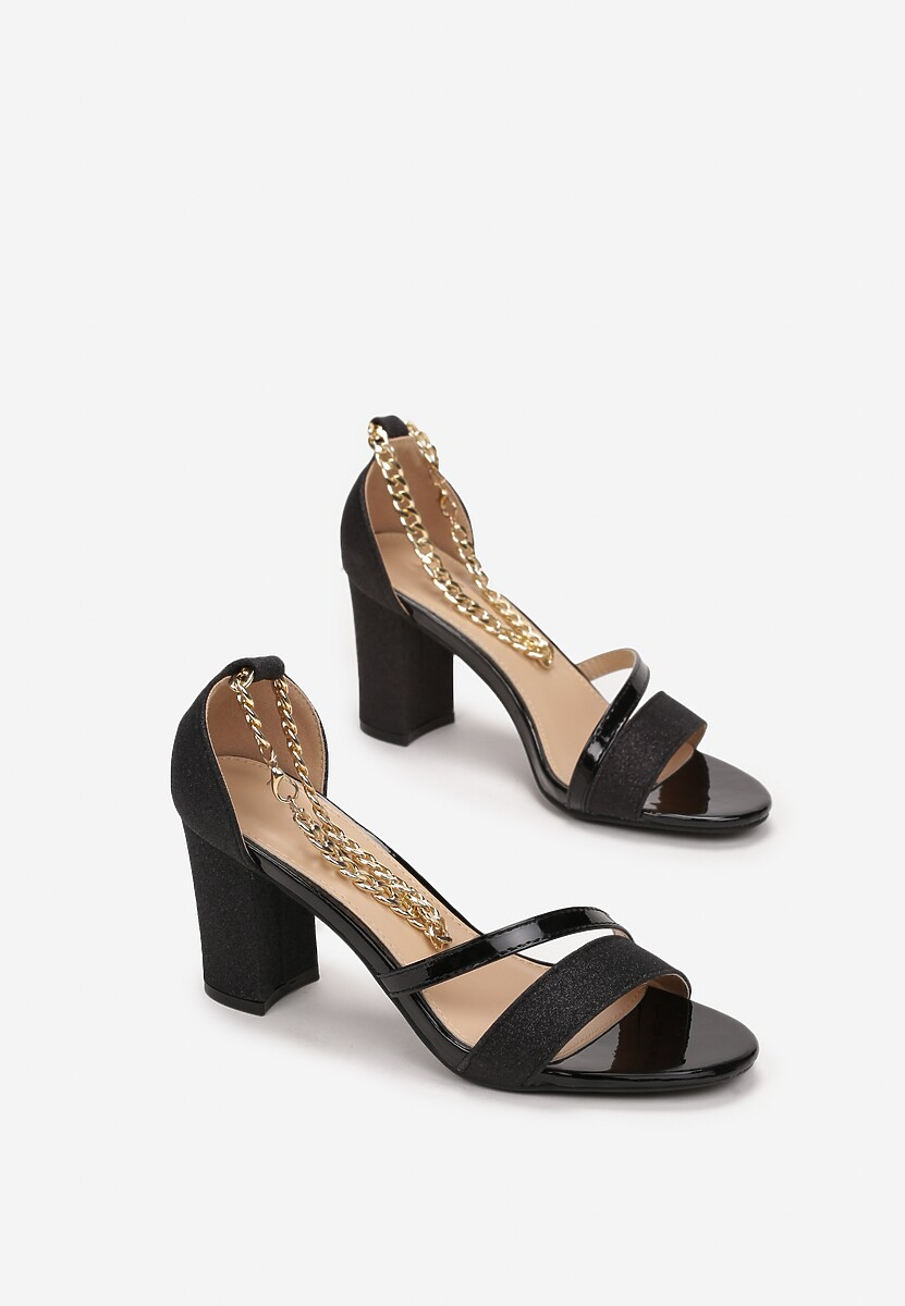 Czarne Sandały Synaseis