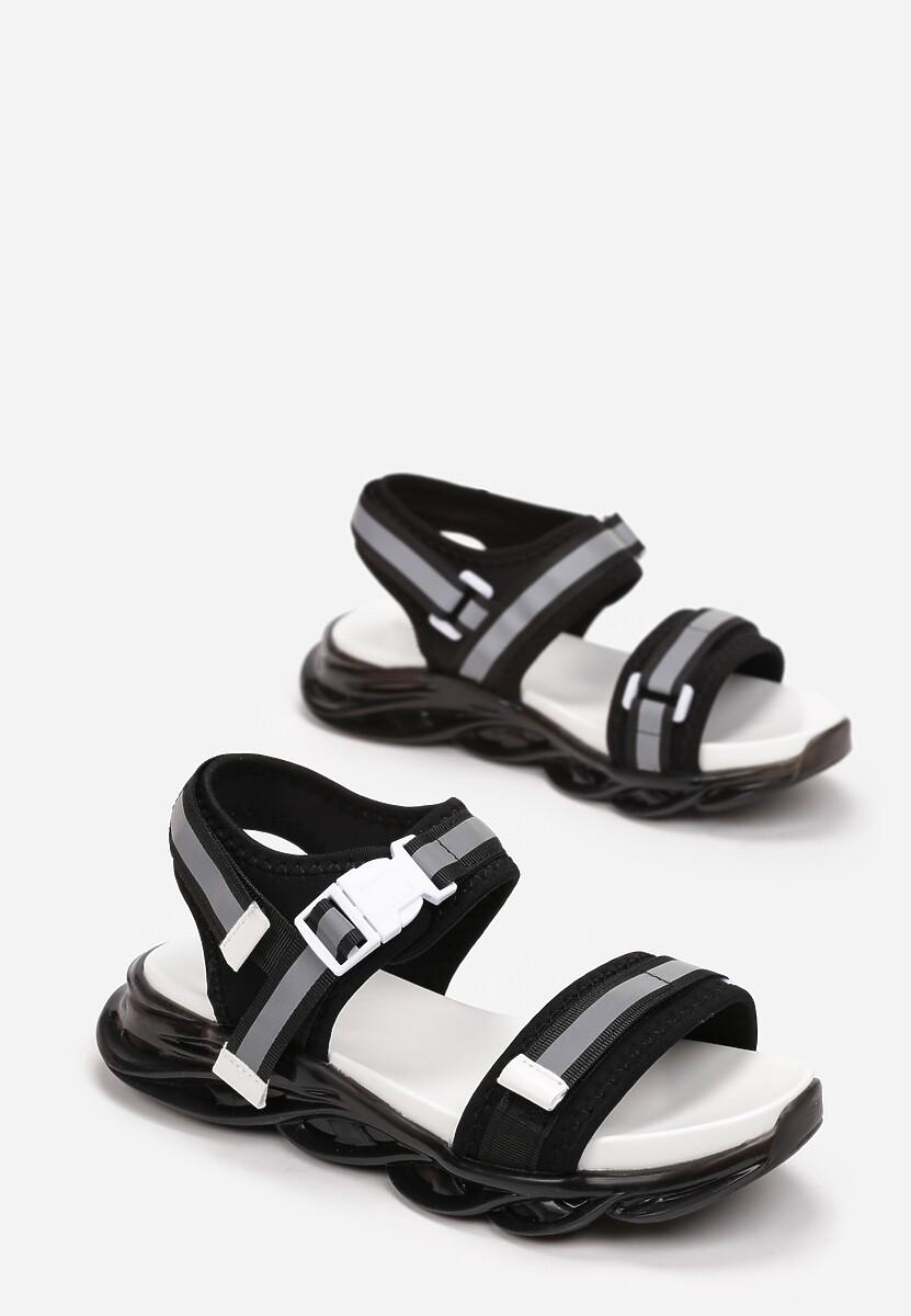 Czarne Sandały Zelyphise