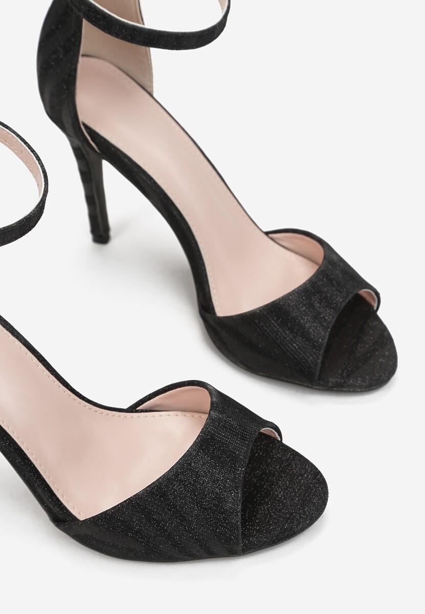 Czarne Sandały Stheusonce