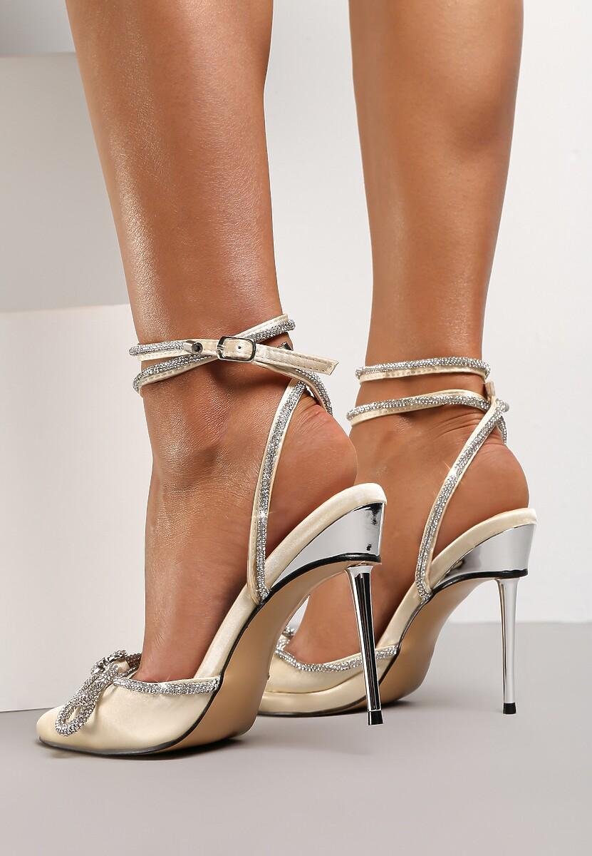 Beżowe Sandały Oriphosise