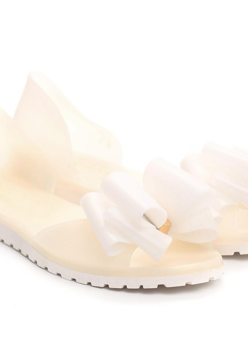 Białe Balerinki Bolder
