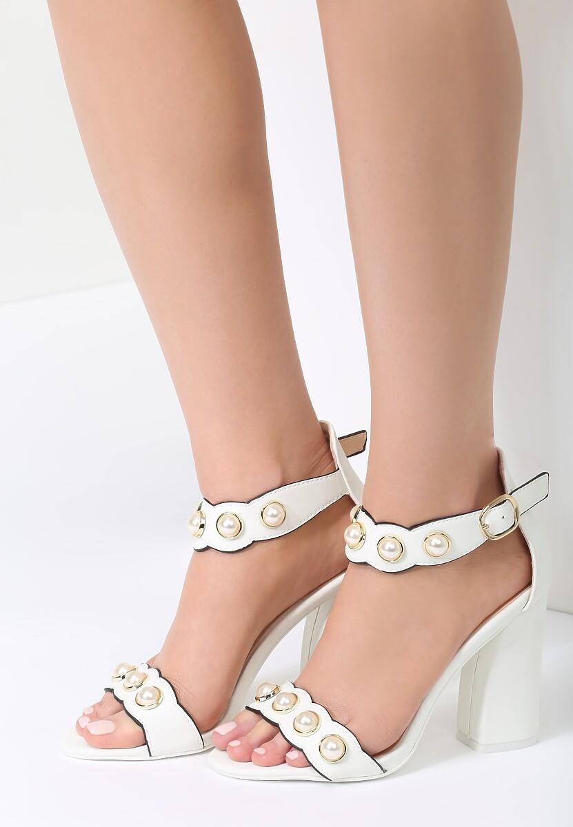 Białe Sandały Ethereal