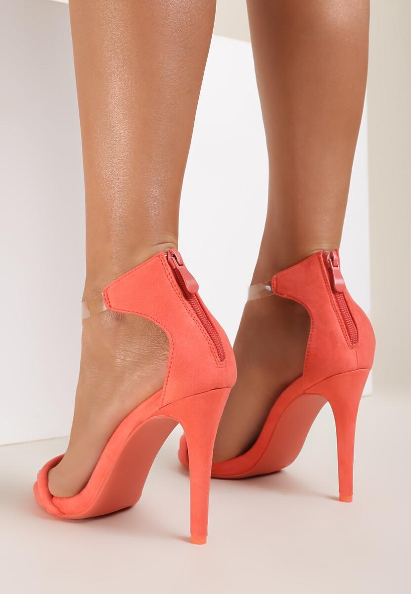 Koralowe Sandały Ad Hoc