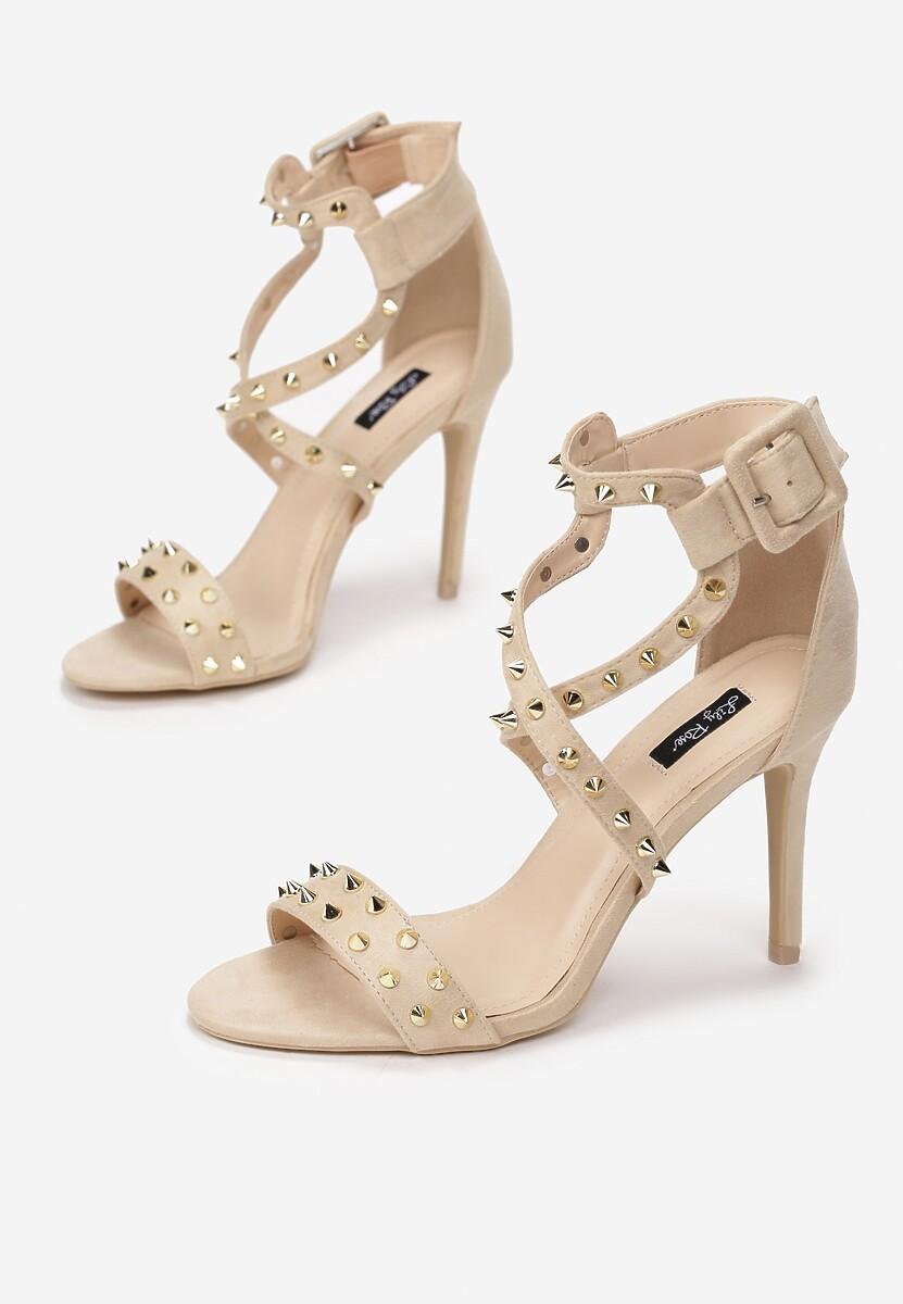 Beżowe Sandały Chapter 26