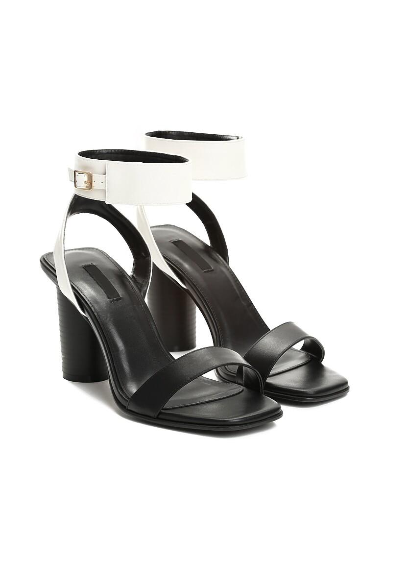 Czarno-Białe Sandały Broken Glass