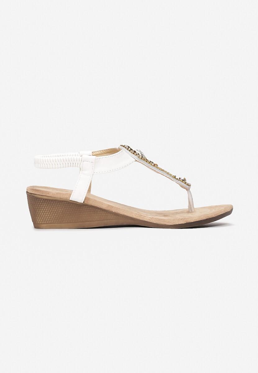 Białe Sandały Answers