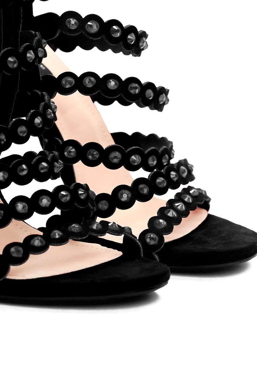 Czarne Sandały Unpredictable