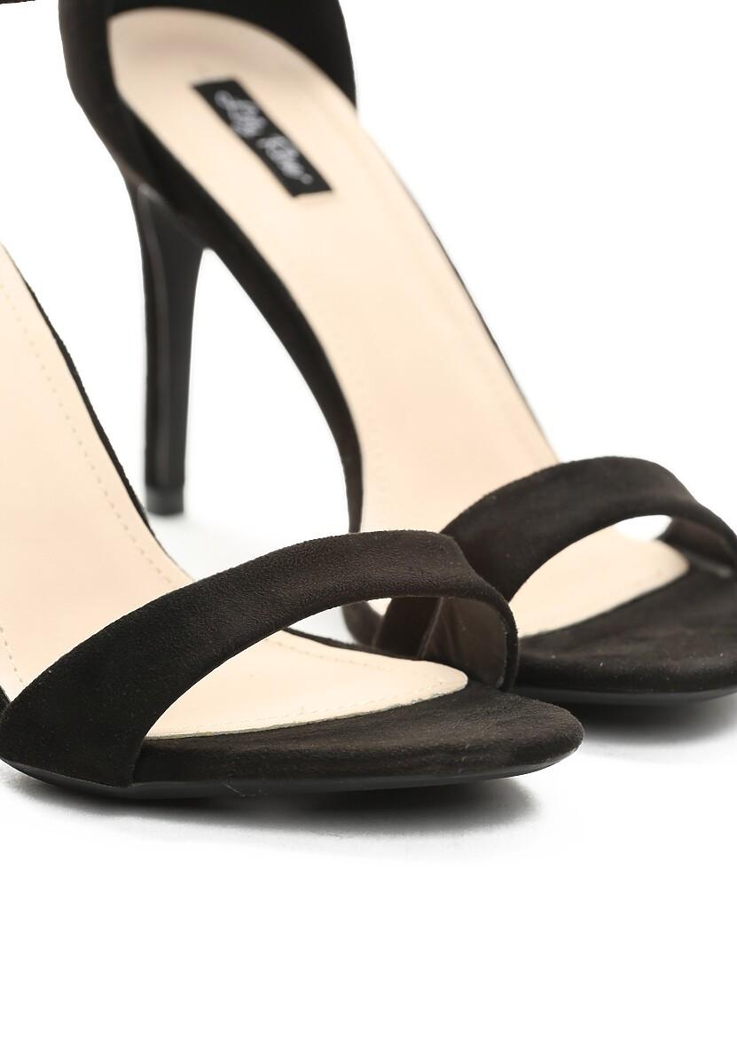 Czarne Sandały Kiss Goodbye