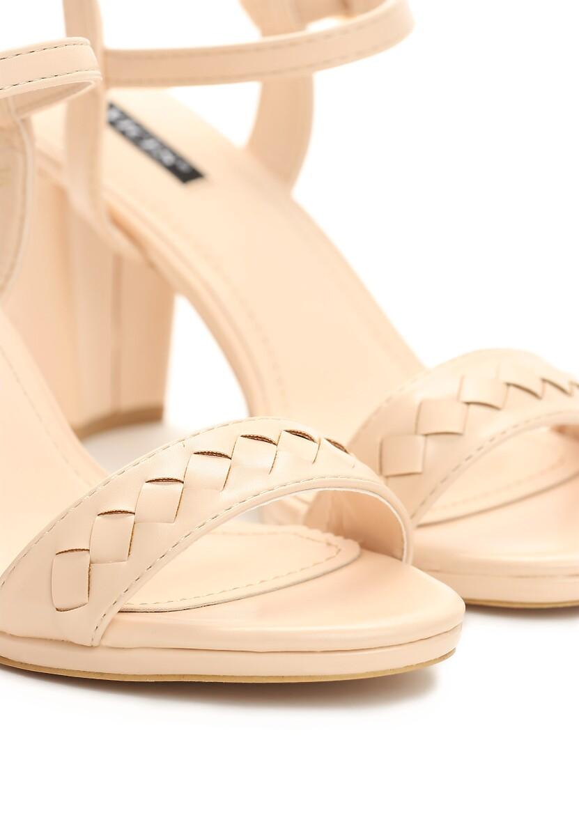 Beżowe Sandały You're a Woman