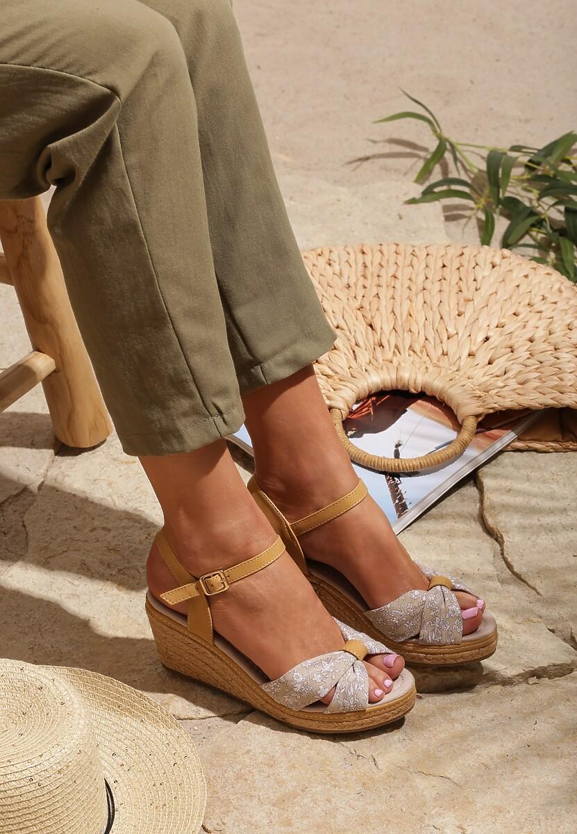 Beżowe Sandały Vibrant Green