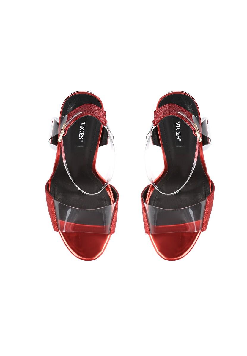 Czerwone Sandały Eraser