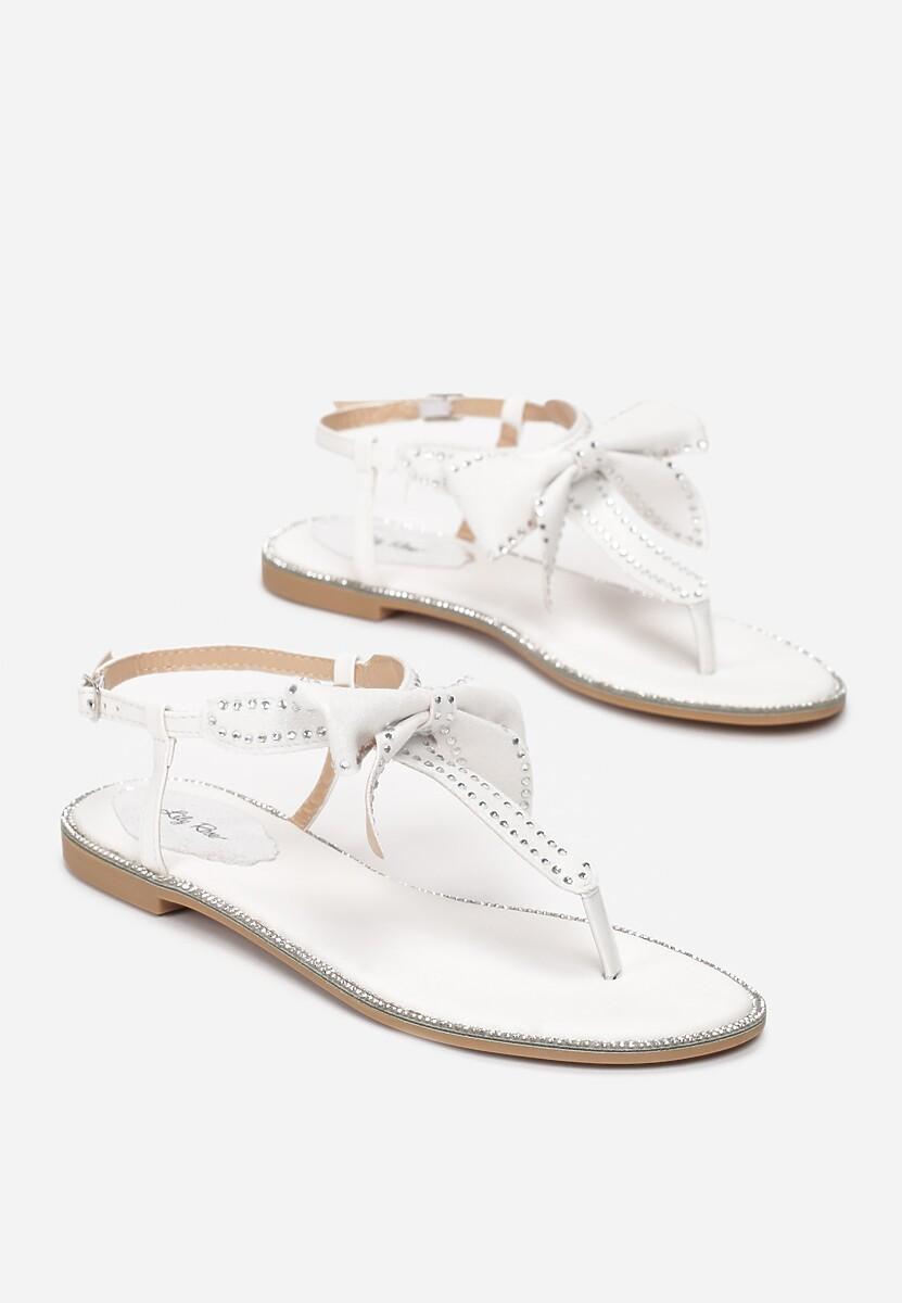 Białe Sandały Set Me On