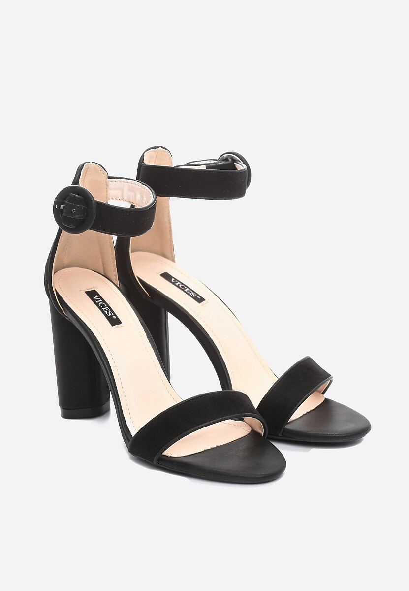 Czarne Sandały Dialectics