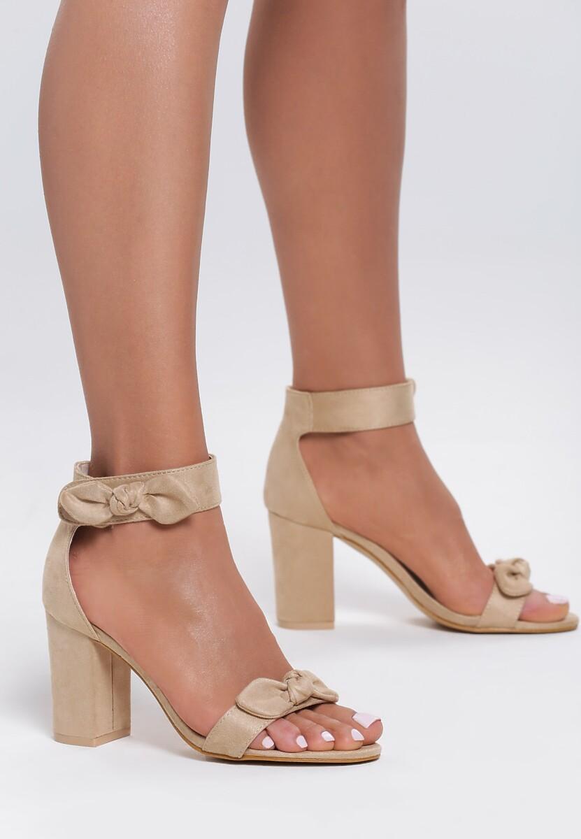Beżowe Sandały Emphasize