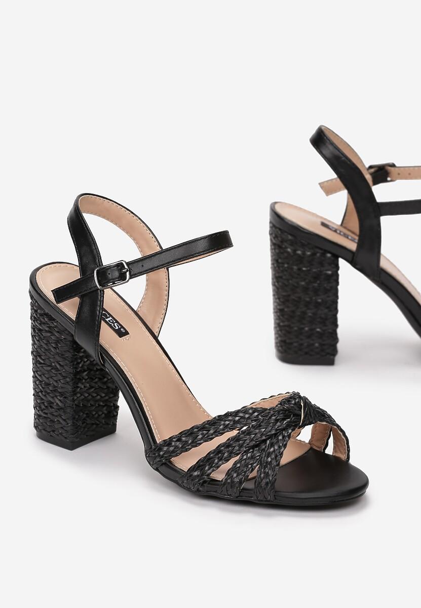 Czarne Sandały Attested