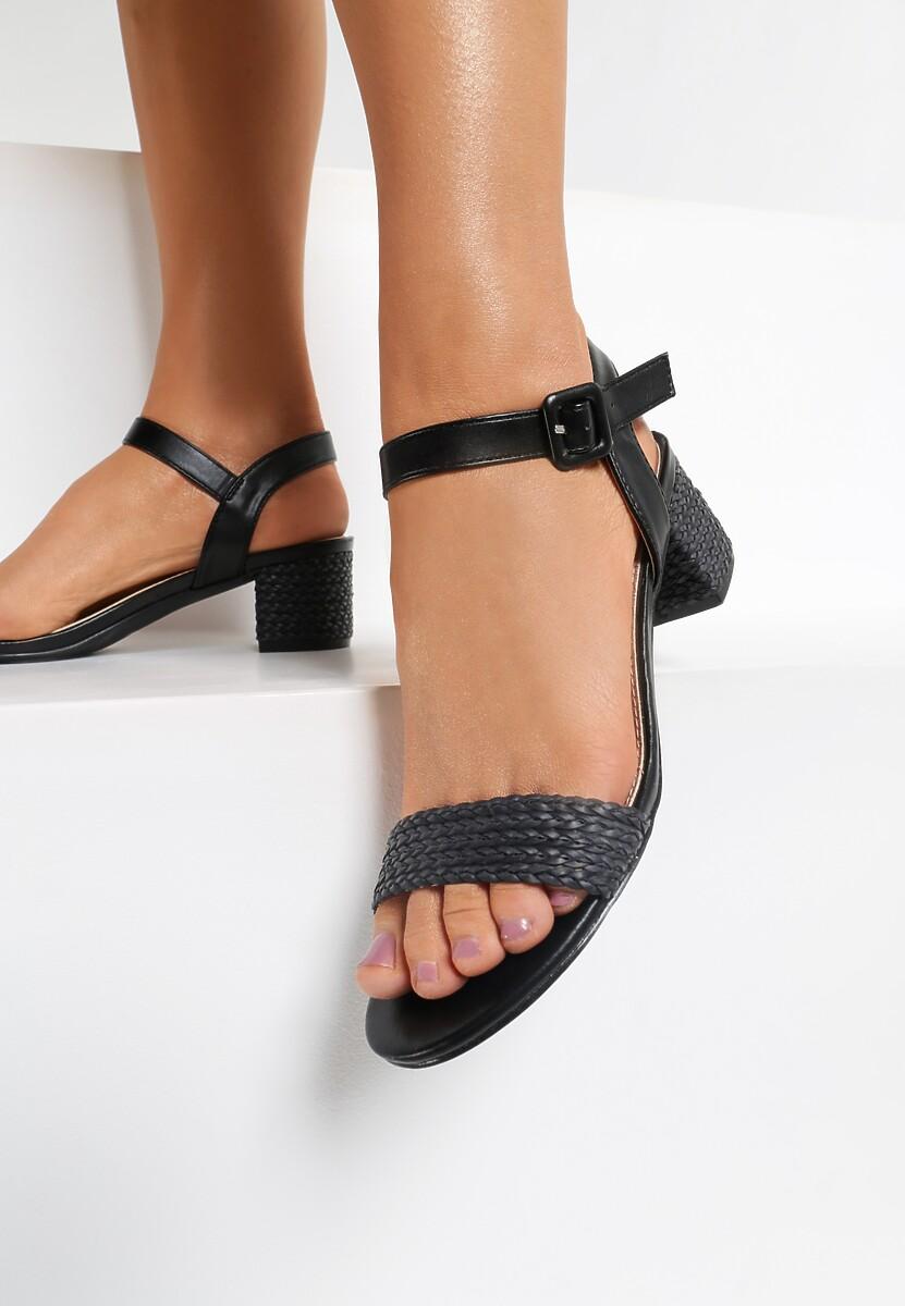 Czarne Sandały Confirmed