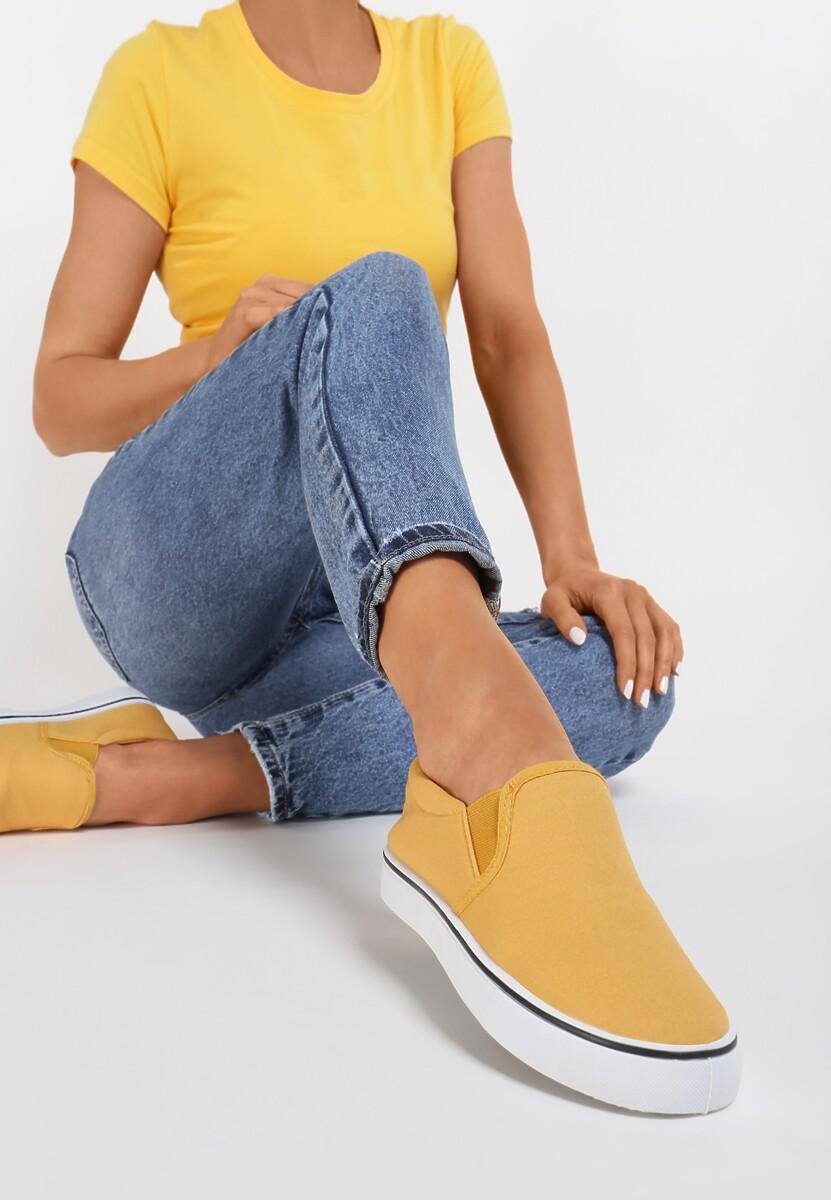 Żółte Slip On Distracted