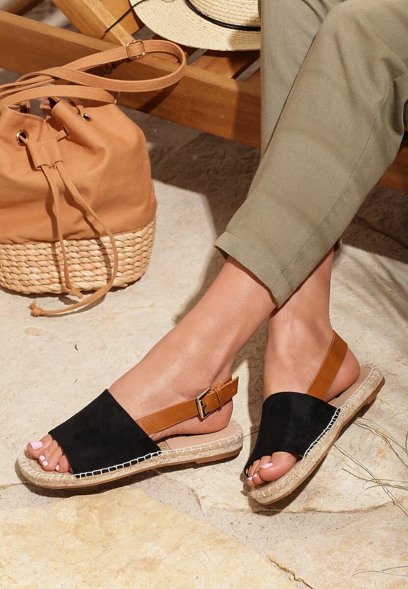 Czarne Sandały Homeliness