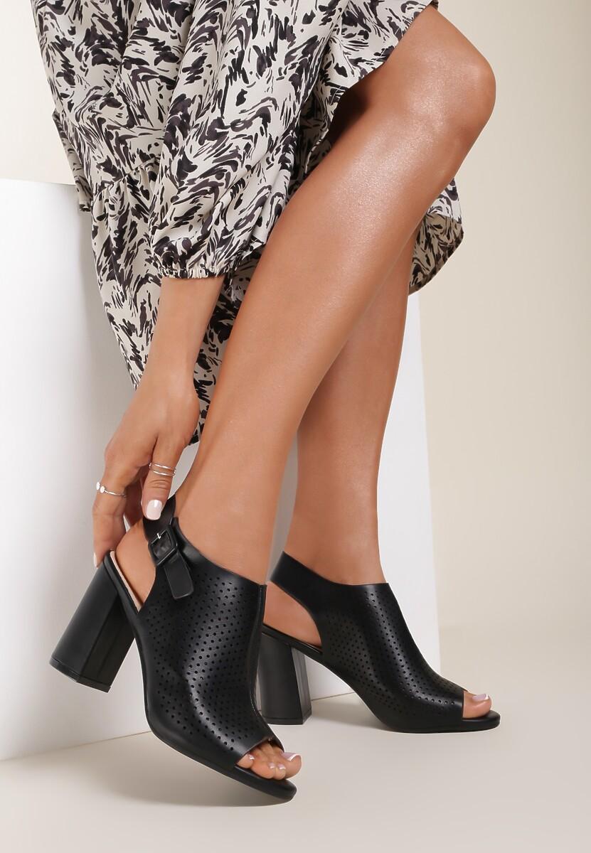 Czarne Sandały Tordi