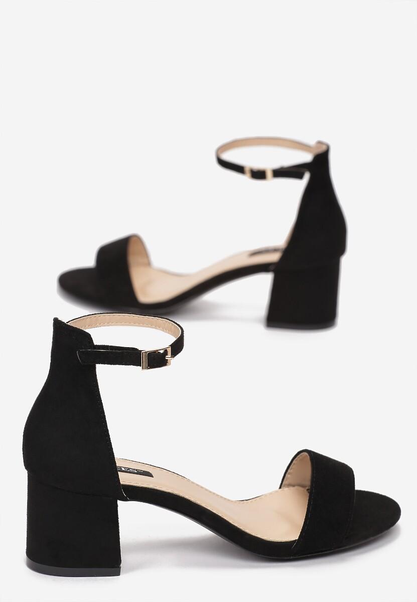 Czarne Sandały Arievia