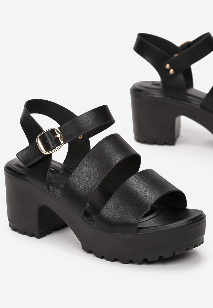 Czarne Sandały Kallilaira