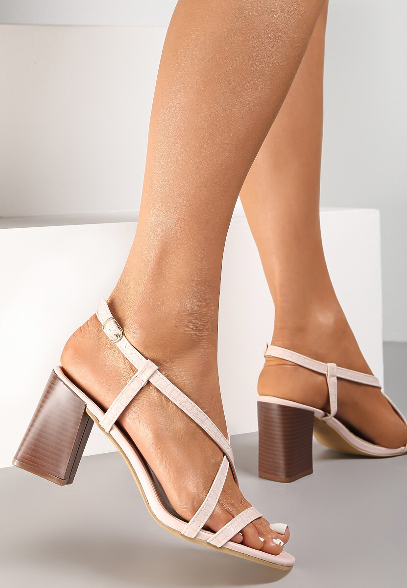 Jasnoróżowe Sandały Dorysea