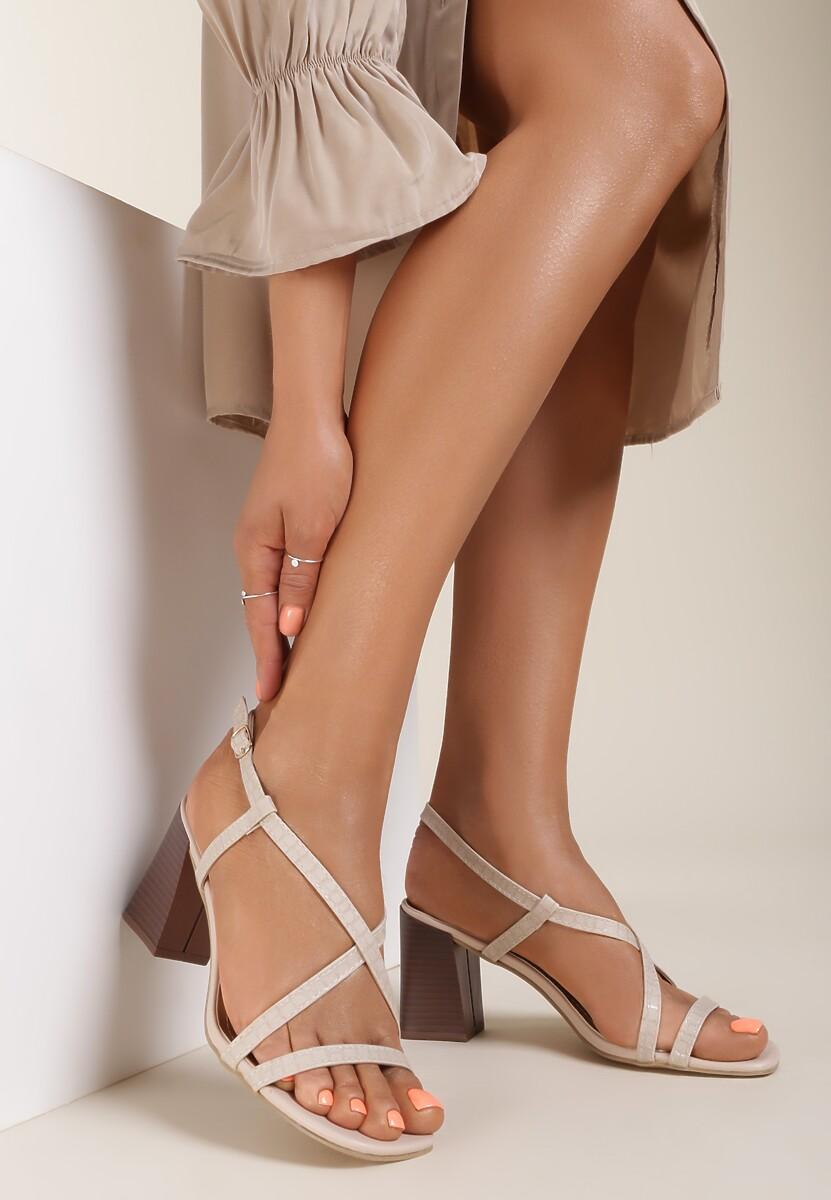 Jasnobeżowe Sandały Dorysea