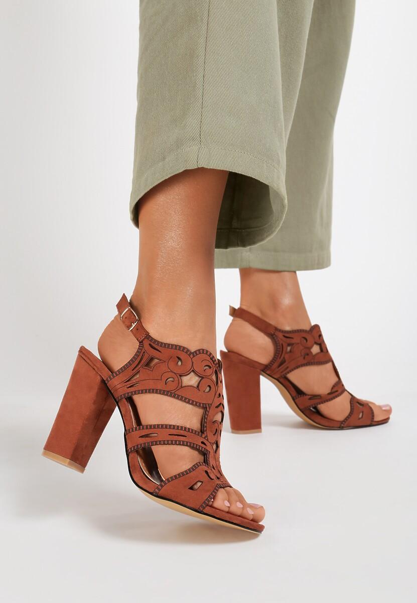 Brązowe Sandały Eathelei