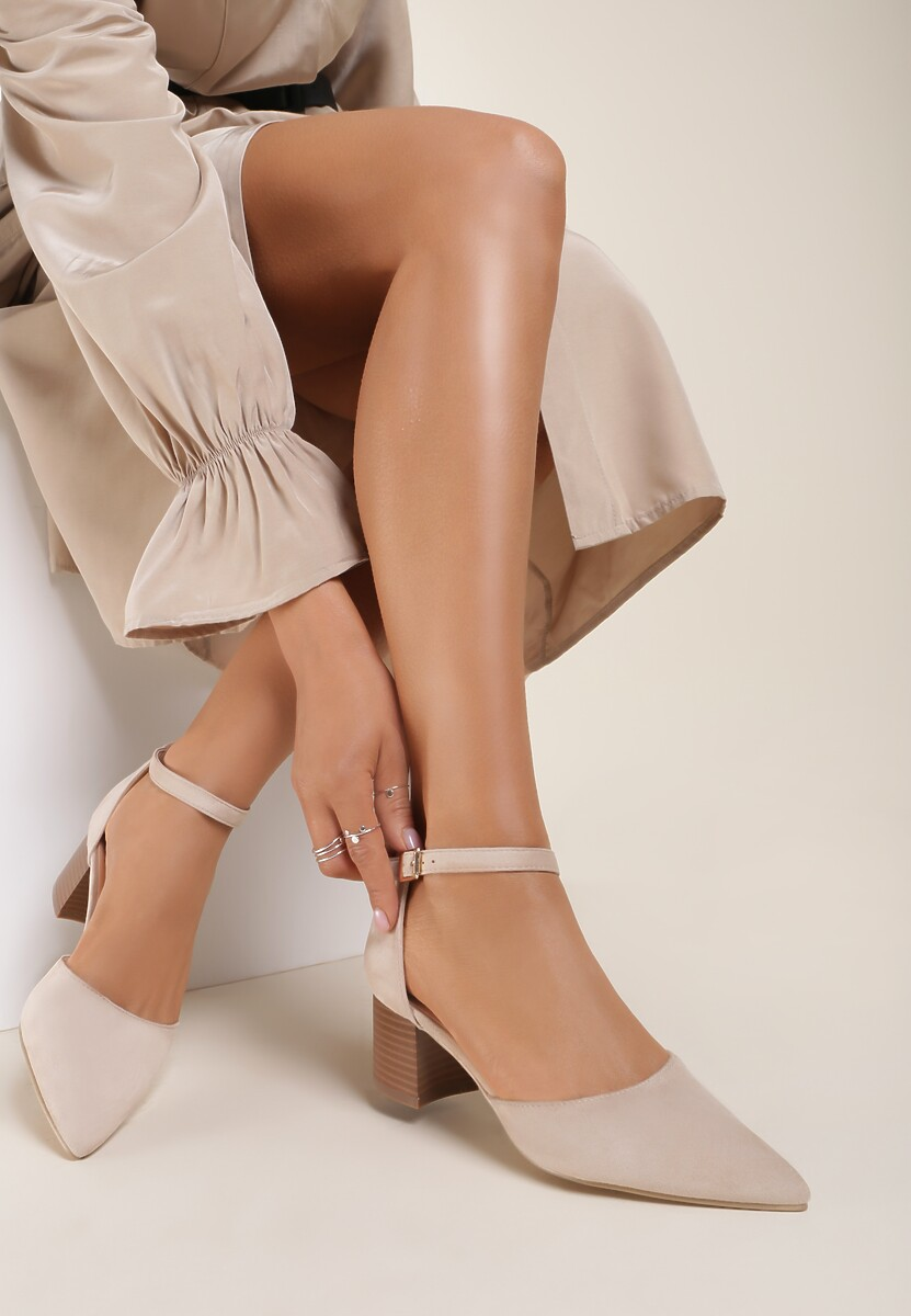 Jasnobeżowe Sandały Kleorea