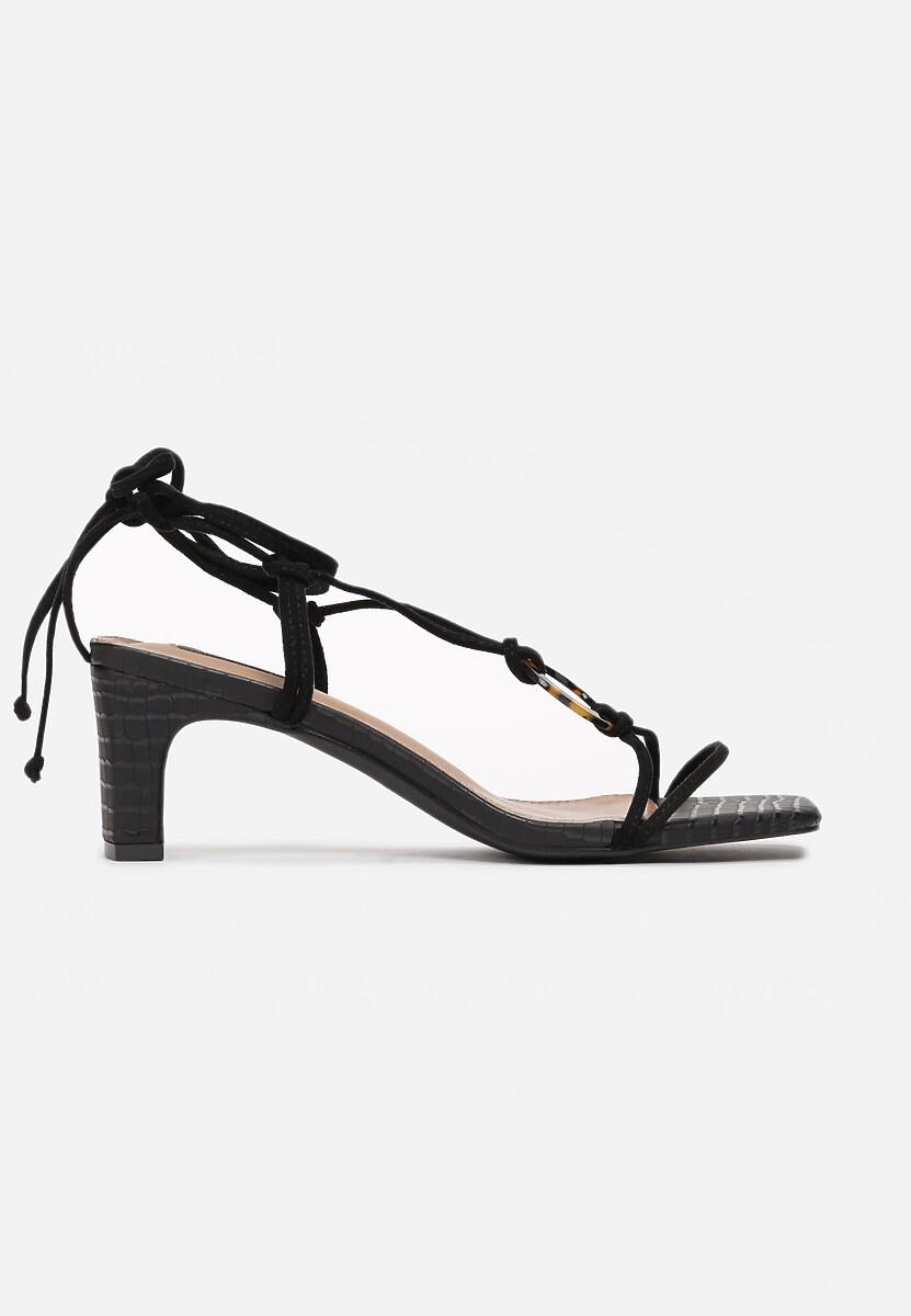 Czarne Sandały Allurenna