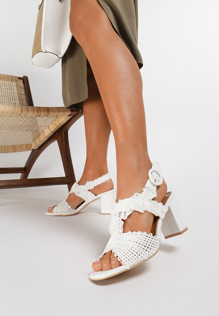 Białe Sandały Coreagana