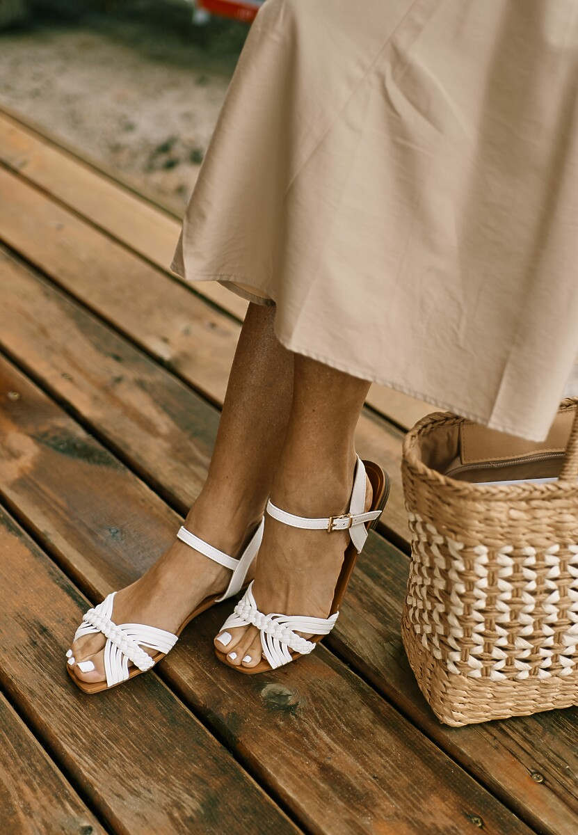 Białe Sandały Muriros