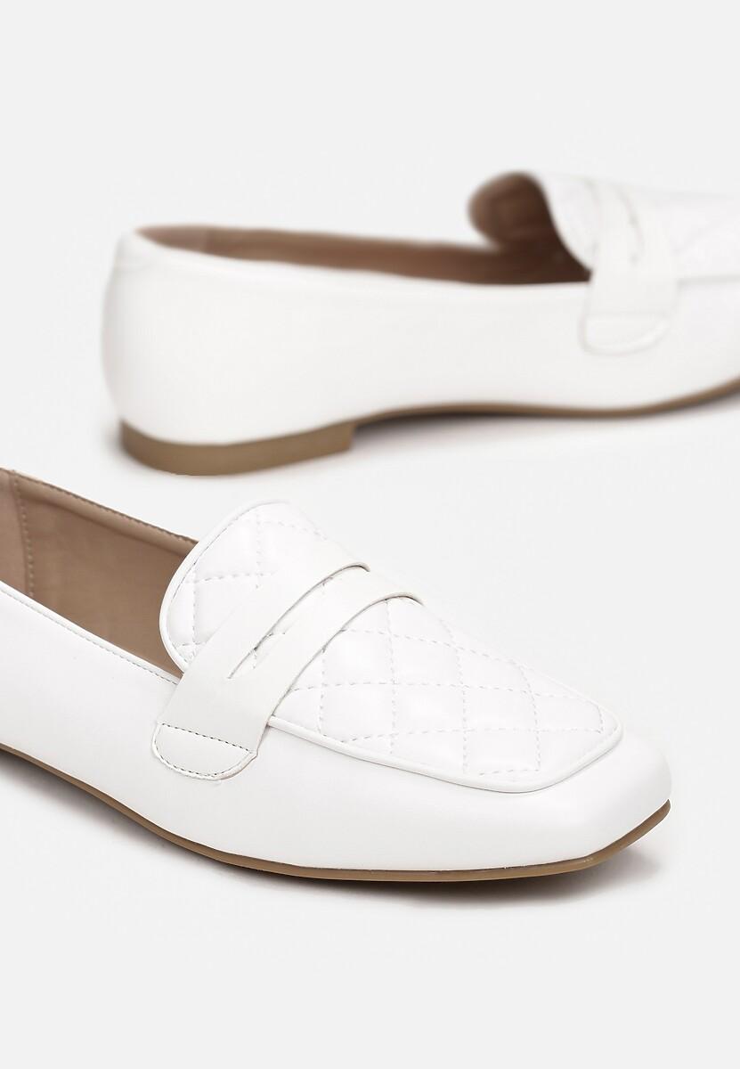 Białe Mokasyny Sireviane