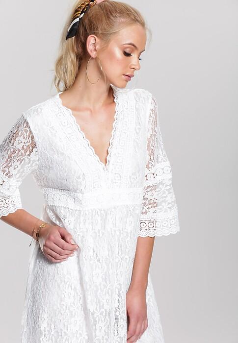 Biała Sukienka Box