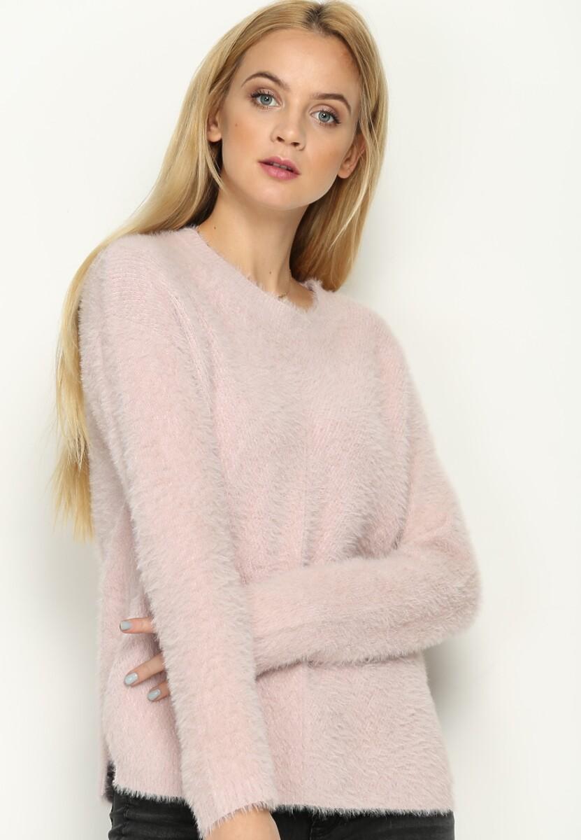 Różowy Sweter Angle Cut