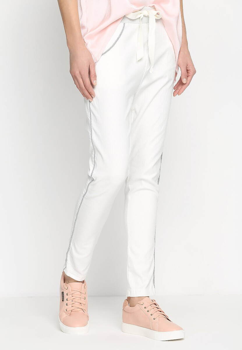 Białe Spodnie Move On