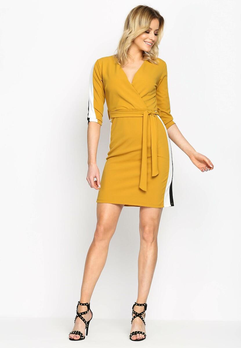 Żółta Sukienka White Stripes