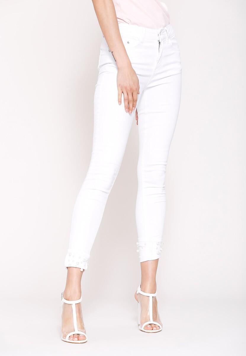 Białe Spodnie Build A Fire