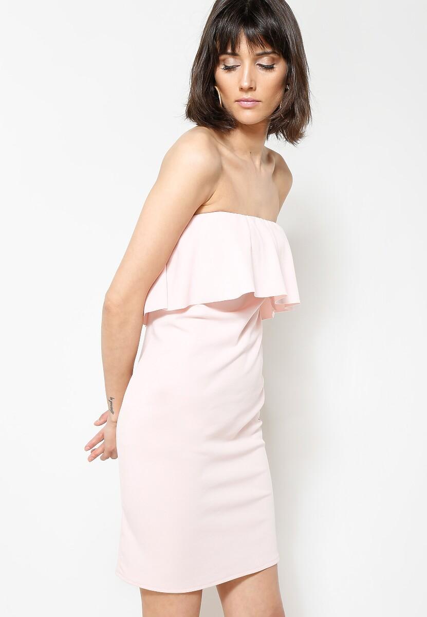 Różowa Sukienka Untold Story