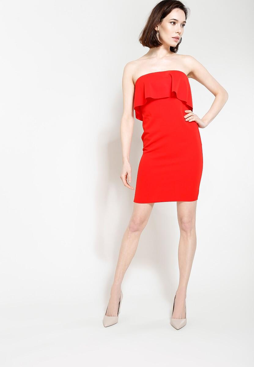 Czerwona Sukienka Untold Story